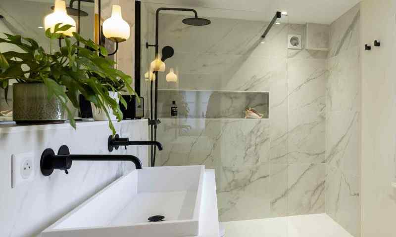 Rénovation d'une salle de bain et mobilier sur mesure